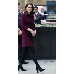 H Kate Middleton με μαύρο καλσόν