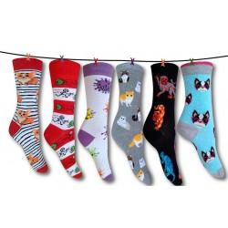 Η νέα μόδα της κάλτσας για τους νέους